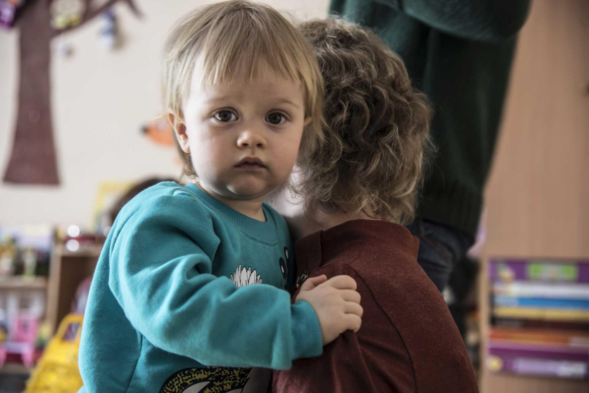 Proč jsou děti odebírány rodičům a končí v náhradní péči?