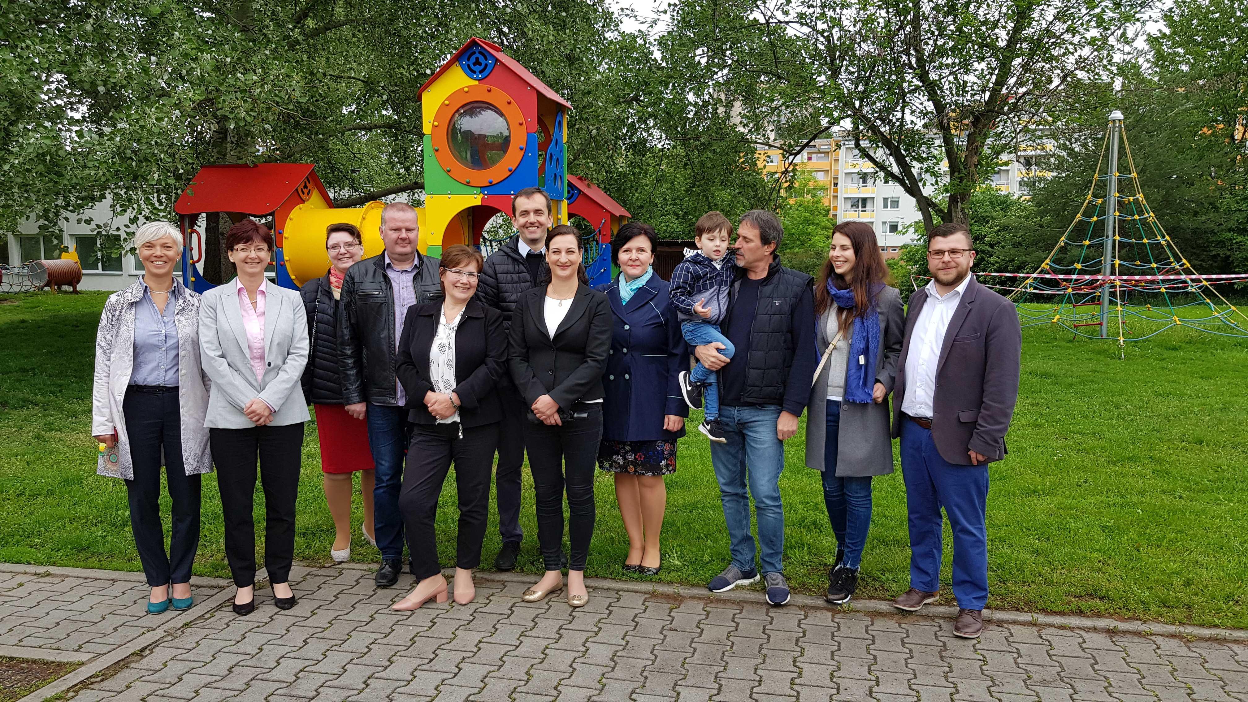 Brněnská vesnička přivítala firemní sponzory